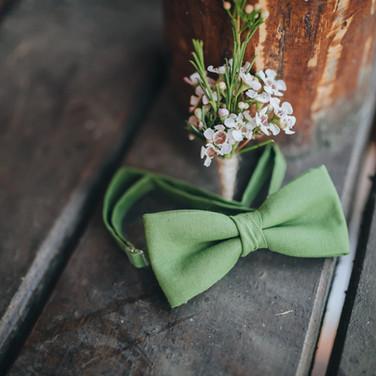 Grooms Bow Tie et Corsage