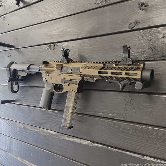 Wolfpack Armory WP-9 w/Magpul MBUS Sights