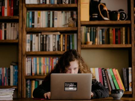 ¿Qué hago si algunos profes del colegio de mis hijos no están preparados para clases en línea?