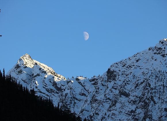 Moon on Washington Pass