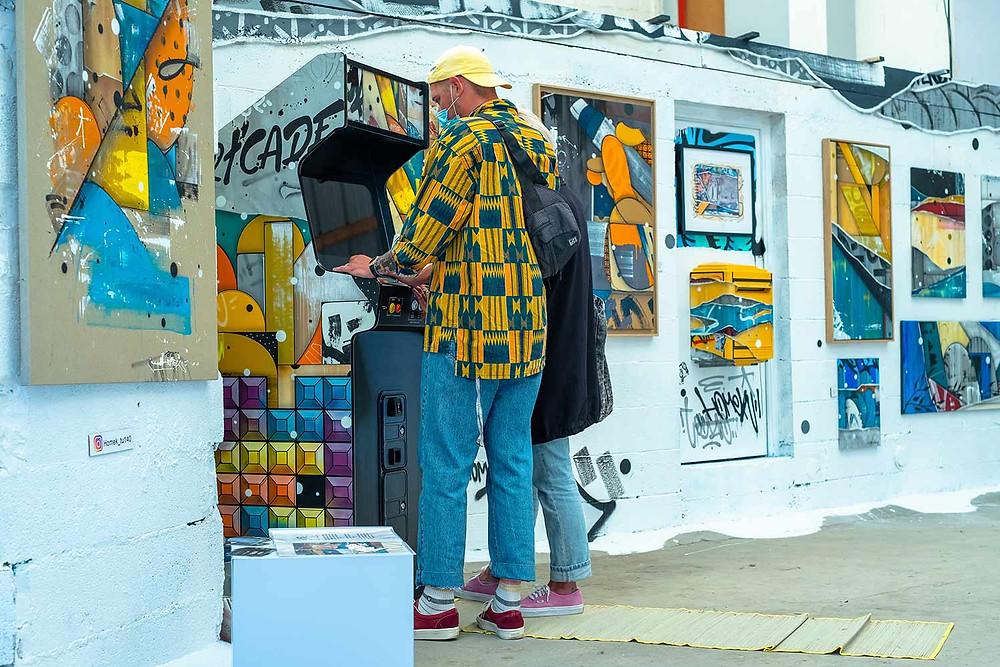 borne d'arcade street art, Homek
