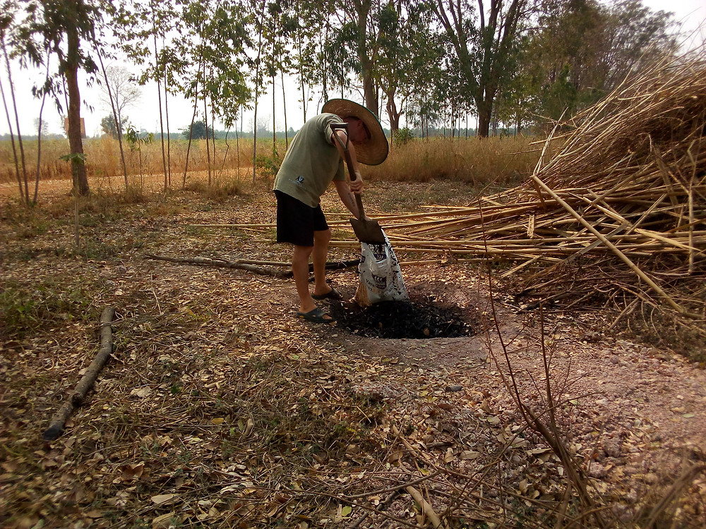 collecting biochar