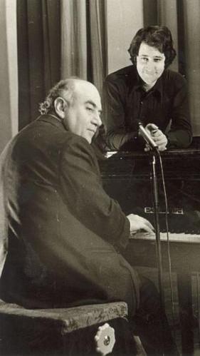 С певцом Владимиром Окунем