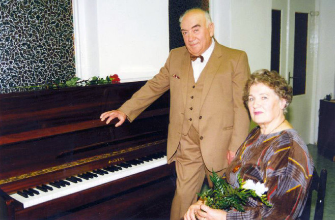 С поэтессой Валентиной Макаровской