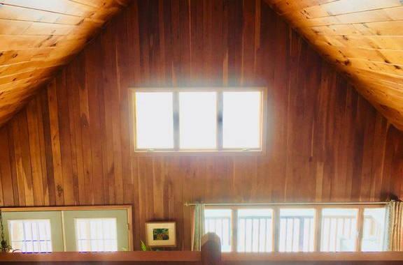 Lakehouse_Balcony2.jpg