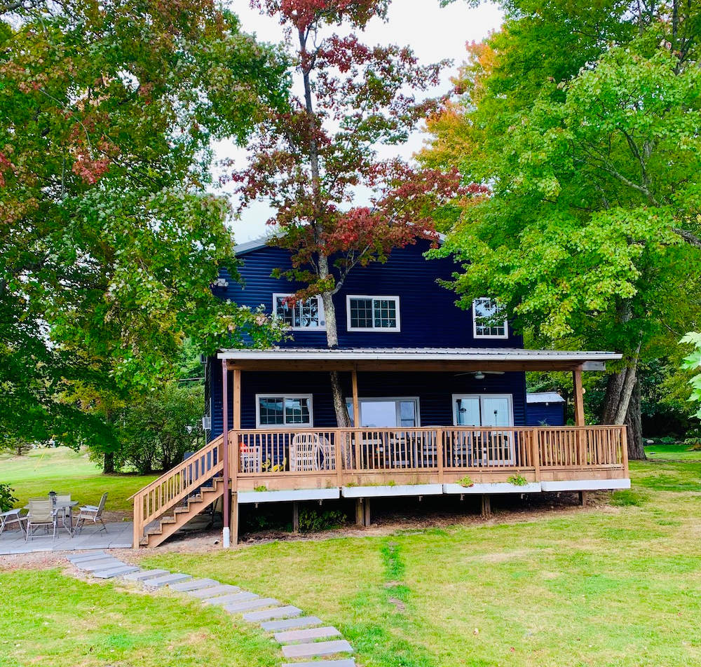 Cottage-exterior2.jpg