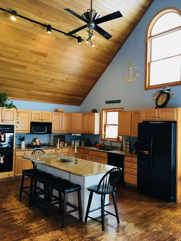 Lakehouse_kitchen4.jpg