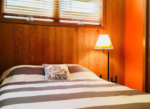 Lakehouse_BedMainSecond.jpg