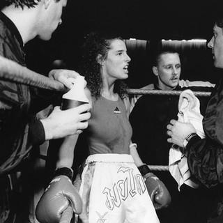 Dawn Davis - Thai Boxing, York Hall, Bethnal Green 1993 ©Gillian Allard