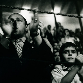 Familly group at the bullfight - Campo Pequano - Lisbon, Portugal 1991 ©Gillian Allard