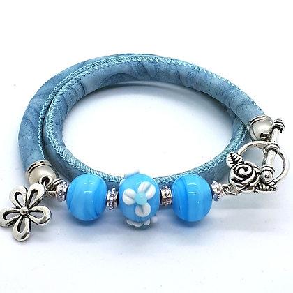 """Blue Blue Flower"" Wickelarmband"