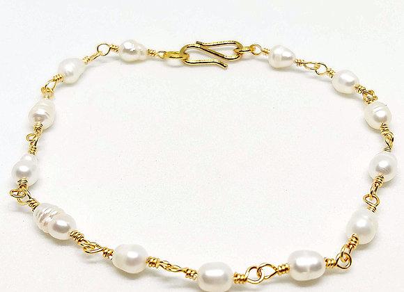 """""""Armilla"""" Armband mit Süßwasser Perlen"""