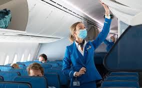 Mondkapje nu verplicht bij KLM