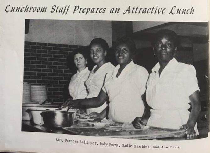 Photograph: 4 ladies working in school lunchroom