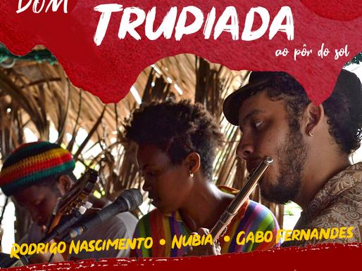 Trio maranhense apresenta repertório variado no Quintal Cultural