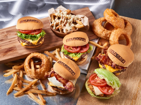 Gourmet BurgerFi opens doors for business in newly renovated Boardwalk at Boca Raton