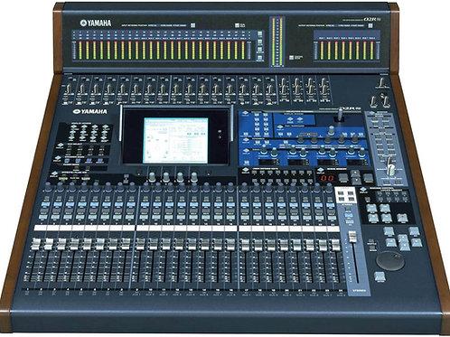 Console numérique Yamaha 02R
