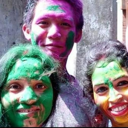 Holi festival workcamp