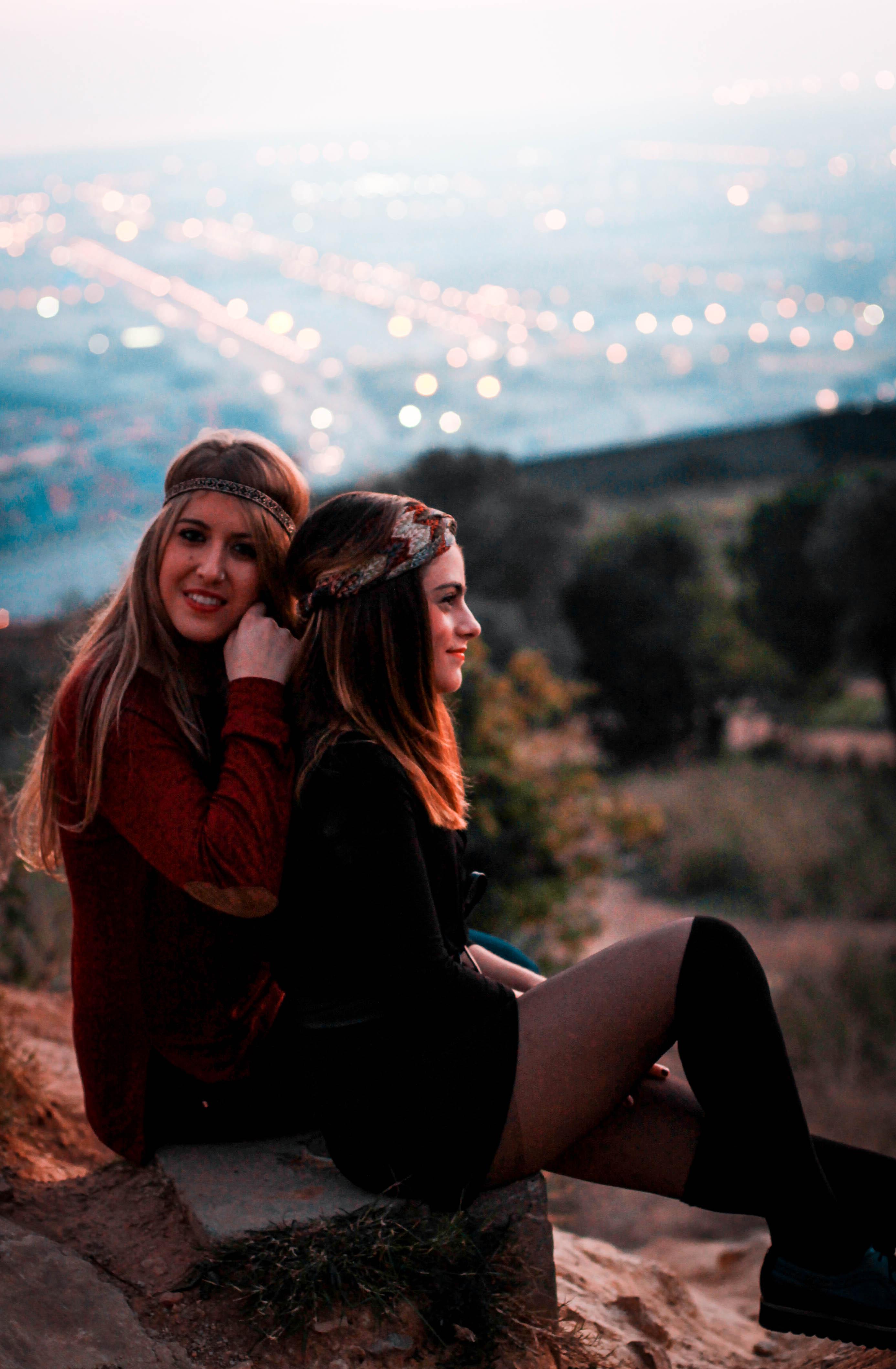 Claudia & Judith