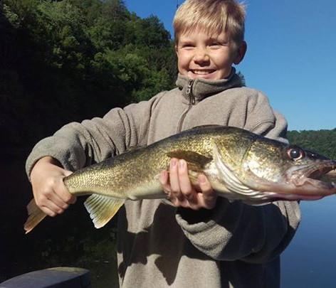 carters lake walleye fishing
