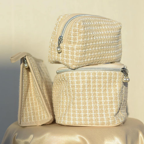 KNITTED PEARL POUCHES SET
