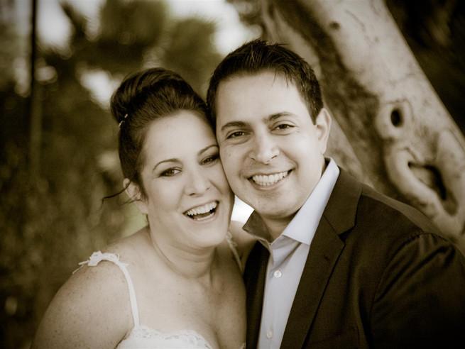 עדי וגולן - חתונת חורף קטנה בתל אביב - גלריה תעלה בקרוב