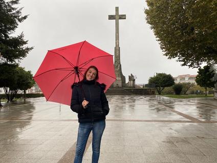 PONTEVEDRA: Esperanza en Medio de la Lluvia