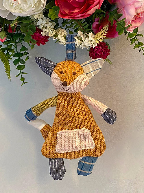 Foxy Knitted Wall Hanging Decoration