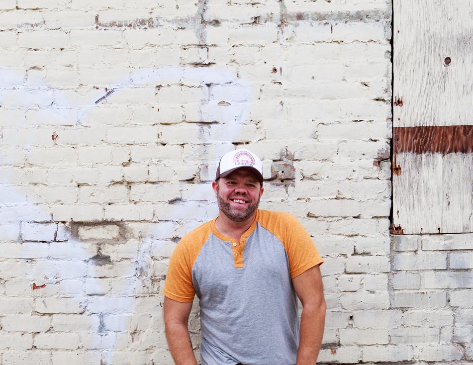 Aaron Pax Taylor Pub Photo orange-12.jpg