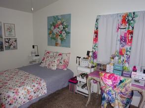 kathryn bechen bedroom flowers.JPG