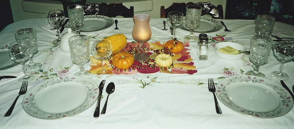 Kathryn Bechen Thanksgiving Dinner Tablescape