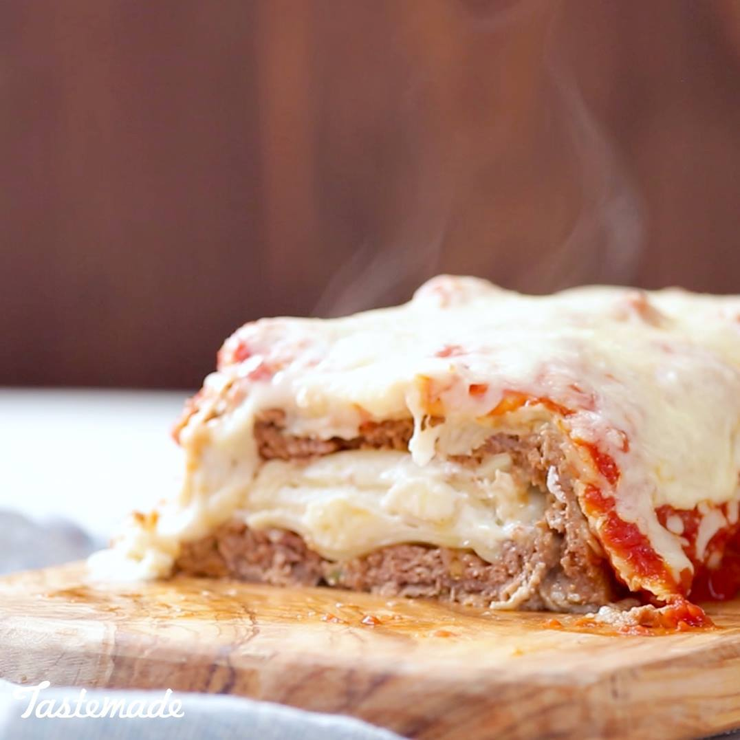 Lasagna-Stuffed Meatloaf
