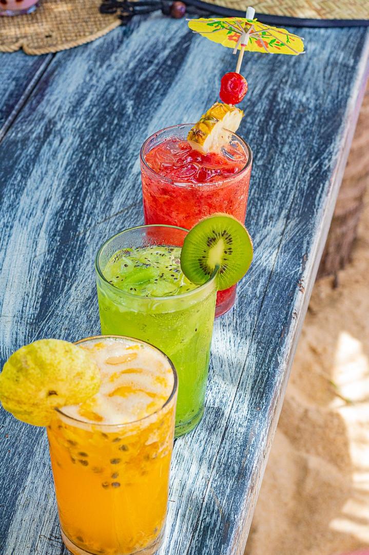 Sol, mar, drink e Tôa Tôa. Pra que melhor?