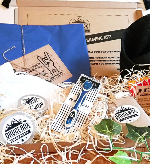 Shaving Kit for Teenagers (Letterbox)
