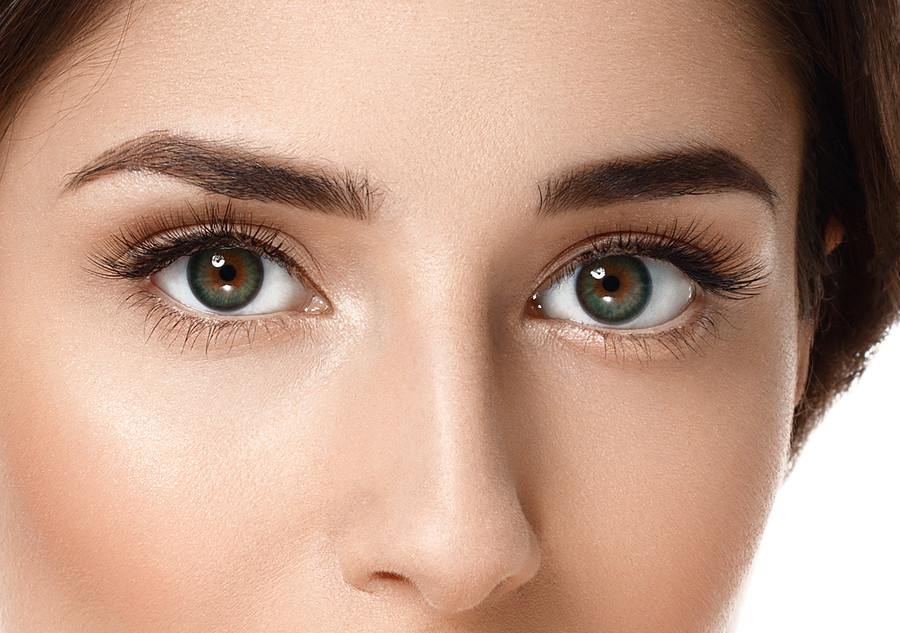 Eyebrow Transplant vs Microblanding: What's the Difference?