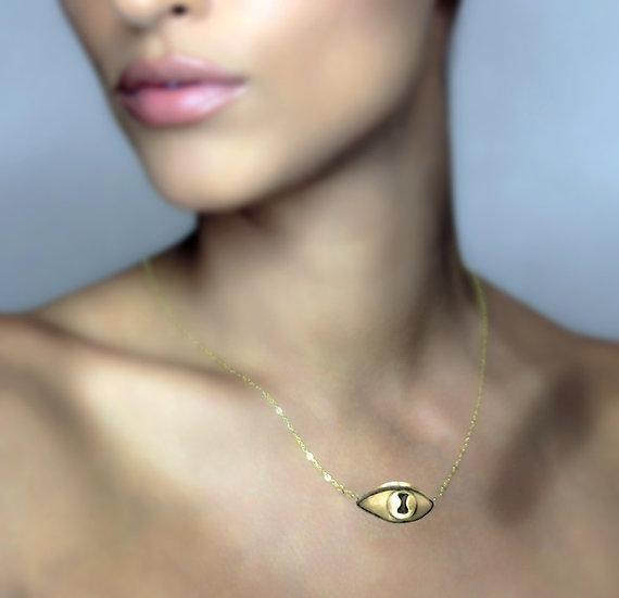 Golden Raistlin Eye Necklace