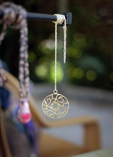 Golden Flower Circle Necklace