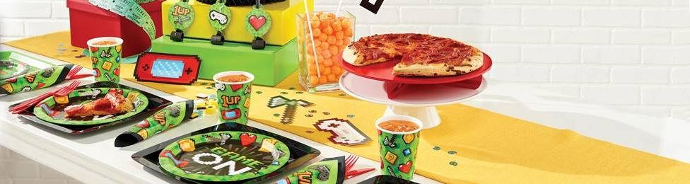 יום הולדת גיימינג מושלמת! אצלנו תמצאו צלחות גיימינג, כוסות גיימינג, מפיות גיימינג, מפת שולחן גיימניג ועוד המון דברים שווים!