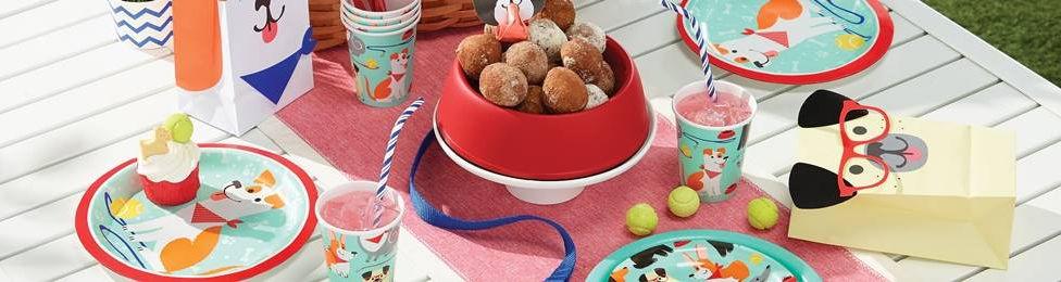 יום הולדת כלבלבים מושלמת! אצלנו תמצאו צלחות כלבלבים, כוסות כלבלבים, מפיות כלבלבים, מפת שולחן כלבלבים ועוד המון דברים שווים!