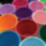"""כוסות חד פעמיות במגוון צבעים למסיבה מושלמת  אצלנו תמצאו צלחות חד פעמיות, כלים חד פעמיים יוקרתיים, מפות שולחן, חצאיות שולחן, מפיות, סכו""""ם חד פעמי מרהיב, וכלים לקינוח חד פעמי"""