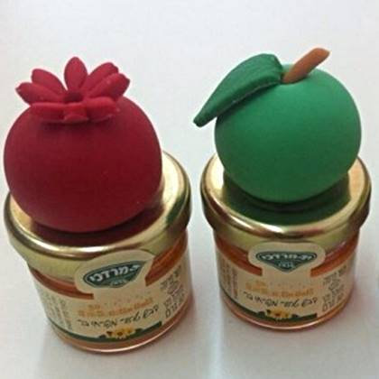 מארז לראש השנה - צנצנת דבש בעיטור בצק סוכר