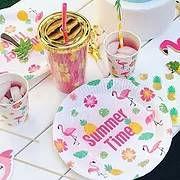 יום הולדת מסיבת קיץ מושלמת! אצלנו תמצאו צלחות מסיבת קיץ, כוסות מסיבת קיץ, מפיות אננס, ועוד המון דברים שווים!