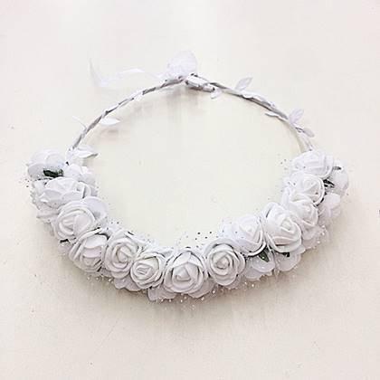 זר לראש פרחי משי ורדים קטנים צבע לבן