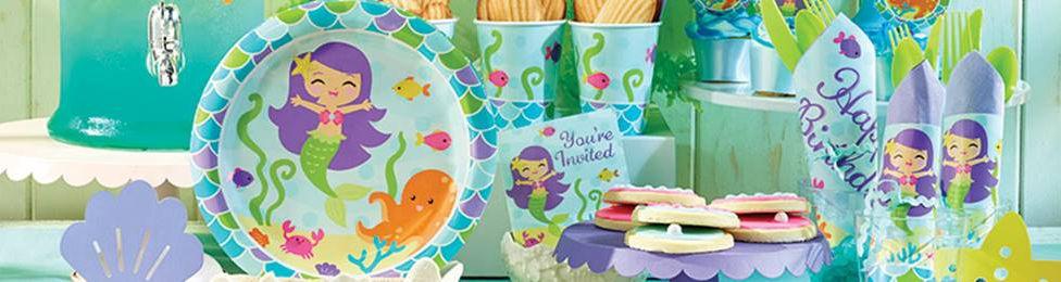 יום הולדת בת הים מושלמת! אצלנו תמצאו צלחות בת הים, כוסות בת הים, מפיות בת הים, מפת שולחן בת הים ועוד המון דברים שווים!