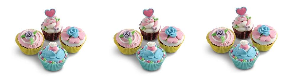 קישוטים מבצק סוכר במגוון צבעים לעוגה מושלמת! אצלנו תמצאו פרחים מבצק סוכר, דמויות מבצק סוכר, חיות מבצק סוכר, חד קרן מבצק סוכר, ארנב מבצק סוכר, שושנים מבצק סוכר, כדורגל מבצק סוכר
