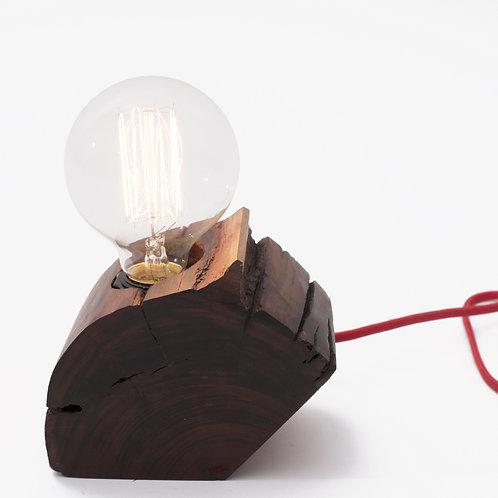 luminária L E I  04