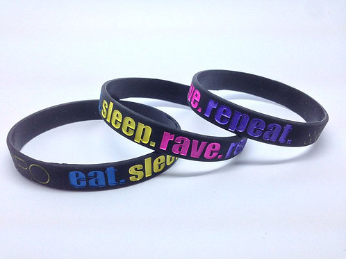 """Eat. Sleep. Rave. Repeat."" Armbånd"