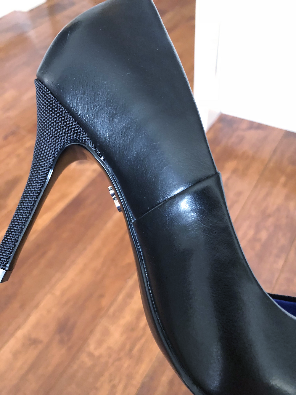 Antonia Saint NY High Heels Seam