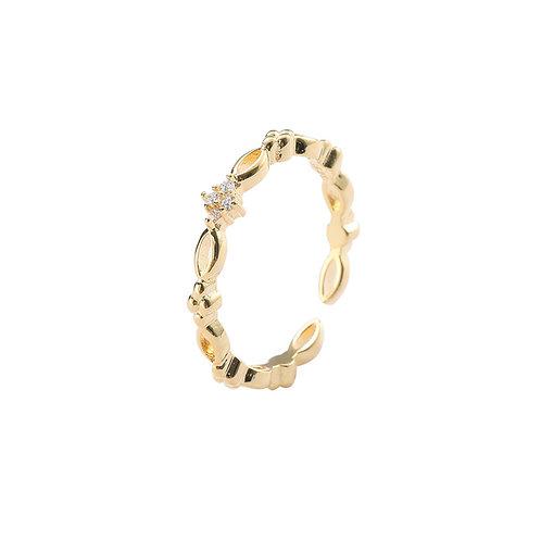Golden Pattern Ring