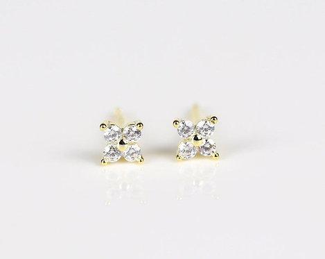 Clover Flower stud earrings